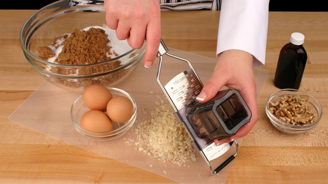 The medium grater is suitable for grating nuts
