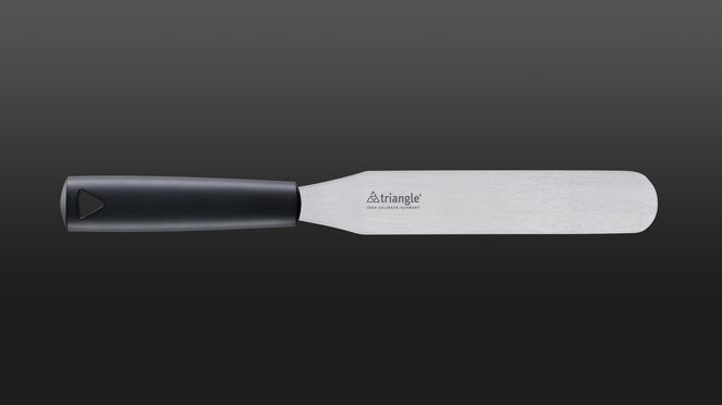 The 20 cm long spatula is made from easy-care material