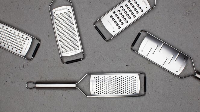 Cheese grater with Microplane range