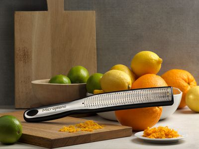 mp_Elite Zester_49020_angle_citrus fruits.jpg