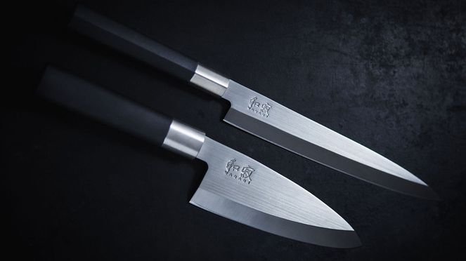 Kai Wasabi Deba knife with Yanagiba