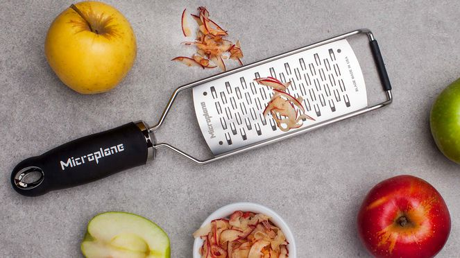 Microplane rasp for apples