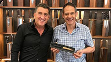 Presentation of the sknife «steak knife to go» to Reto Böhlen